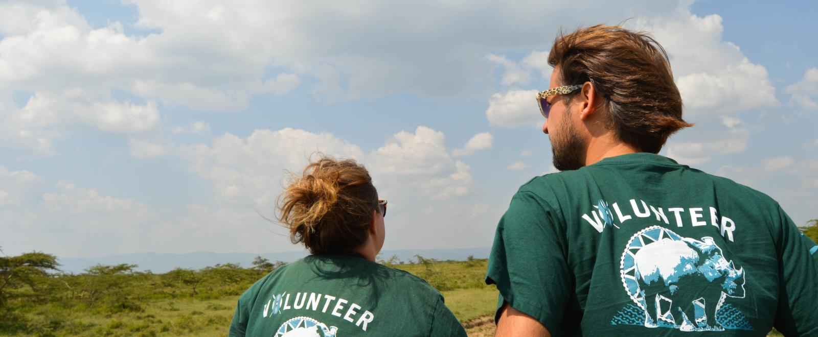 Volunteers in Kenya on a Conservation project